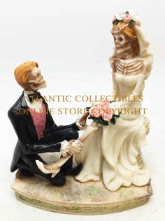 LOVE NEVER DIES BRIDE AND GROOM THE GARTER STATUE SCULPTURE ETERNAL ROMANCE