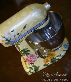 How about a custom Kitchen Aid mixer for your kitchen?  If you can dream it, Un Amore can paint it. (I love the whimsy of some of their designs!) www.un-amore.com/gallery.html