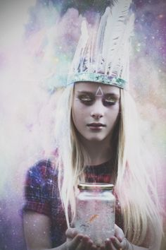 Photographer - Emma Griffin - www.griffin-photography.co.uk - teenage - indie glitter - smoke bomb - witch