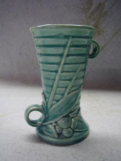 Vintage McCoy Pottery Vase  Green  Berries