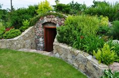 root cellar design and decorating ideas building 25 Root Cellars Adding Unique Structures to Backyard Designs Outdoor Projects, Garden Projects, Root Cellar Plans, Verge, Cellar Design, Backyard Landscaping, Backyard Designs, Landscaping Ideas, Earthship
