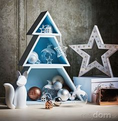 Aj takýto stromček je Hanukkah, Wreaths, Home Decor, Decoration Home, Door Wreaths, Room Decor, Deco Mesh Wreaths, Home Interior Design, Floral Arrangements