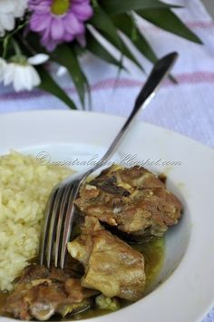 Tasty Lamb curry - full of flavors Sri Lanka, Indian Food Recipes, Healthy Recipes, Lamb Curry, Easter Recipes, Easter Ideas, Arabic Food, Easy Peasy, Spicy