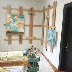 How amazing is my new wall easel? Wall easel for art studio Brilliant idea of wall easel Art Studio Inspiration - The other fantastic thing about collaborating with different creatives from The Hidden Lane is that they'll always know different people who Art Studio Storage, Art Studio Organization, Art Storage, Storage Ideas, Art Studio Design, Art Studio At Home, Home Art, Art Studio Spaces, Art Spaces