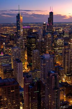 Big City Lighting Ideas For 2019 City Iphone Wallpaper, New York Wallpaper, Chicago Wallpaper, City Lights Wallpaper, Latest Wallpaper, Wallpaper Lockscreen, New York Life, Nyc Life, City Aesthetic