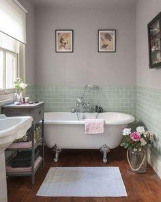Vasca con piedini - Spunti per arredare il bagno in stile shabby chic e creare un'atmosfera d'altri tempi.