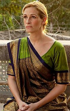 "Julia Roberts in ""Eat, Pray, Love"" I love her sari! Elizabeth Gilbert, Liz Gilbert, Elizabeth Hurley, Julia Roberts, Hollywood Celebrities, Hollywood Actresses, Actors & Actresses, Come Reza Ama, Eat Pray Love"