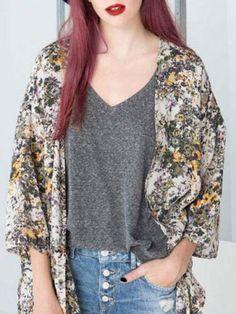 Stylish Collarless 3/4 Sleeve Printed Shift Kimono Blouse For WomenBlouses   RoseGal.com