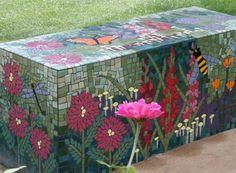 bsateln mosaik gartenideen deko gartenbank blumen
