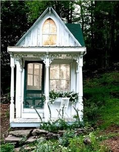 if i have a little girl im making her a mini playhouse exactly lik this.
