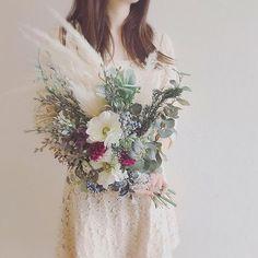 happy wedding . この時季はパンパス人気ですね . 気にいっていただけて良かったです . 素敵な式になりますように . ありがとうございました . #ヘッドドレス#ヘッドアクセ#花冠#アクセサリー#お花#結婚式#プレ花嫁#花嫁#鹿児島#ヘアアレンジ#前撮り#撮影#ウエディングニュース#オーダーメイド#ウエディング#flory#flowers #wedding#bridal#merry#kagoshima Hand Bouquet, Wedding Flowers, Wedding Dresses, Green, Party, Bordeaux, Bouquets, Flowers, Bride Dresses