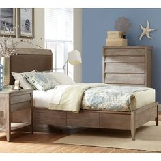 Corliss Landing Upholstered Panel Bed in Weathered Driftwood Grey by Cresent Furniture