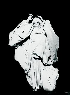 Orlan - Documentary Study : Le Drapé-Le Baroque black and white photography, 1978 Make A Video Game, Woolworth Building, Baroque, Multimedia Artist, World Trade Center, Make Art, Medium Art, Photo Manipulation, Art World