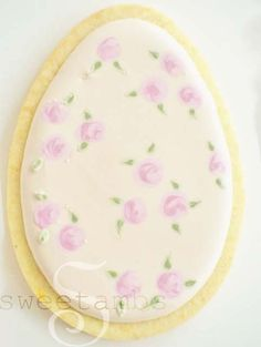 Easter Cookie Tutorial: Tiny Roses Using The Wet-On-Wet Technique