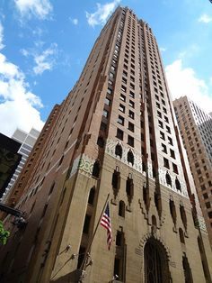 We're kind of besotted with Detroit's historic Guardian Building, from its magnificent vaulted lobby to its Pewabic tile details to its Deco/gothic candy-coated facade.