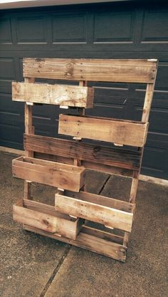 Pallet Ideas : Want to renew your house with wooden pallet furniture? We are the… Pallet Ideas : Want to renew your house with wooden pallet furniture? We are the right place for you. Just Click and get to know many pallet ideas. Old Pallets, Pallets Garden, Recycled Pallets, Wooden Pallets, Pallet Garden Box, Pallet Planter Box, Vertical Pallet Garden, Wooden Planter Boxes, Wooden Pallet Projects