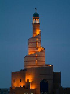 Spiral minaret of Doha islamic center by Mohamed ben Othman, via Flickr