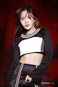 181028 Red Velvet - Busan One Asia Festival Closing Ceremony. Seulgi, Good Girl, South Korean Girls, Korean Girl Groups, Wendy Son, Ulzzang, Wendy Red Velvet, Velvet Fashion, Girl Crushes