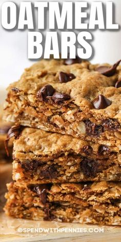 Chewy, super yummy oatmeal bars with peanut butter are easy to make and freeze. These tasty oatmeal cookie bars are filling and full of slow-burning energy. #spendwithpennies #oatmealbars #breakfast #recipe #easy #peanutbutter #baked #healthy #breakfast #chocolatechip