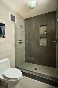 Genial Grey White Bathroom Walk In Shower Designs Decoration Using Grey Concrete  Tile Bathroom Walls Including Clear Glass Shower Door And In Wall Grey  Mosaic Tile ...