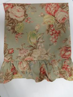 Ralph Lauren Charlotte Standard Pillow Sham with Ruffles - Green Pink Cabbage Roses - Shabby Chic Country Cottage - Vintage Bedding Sheets