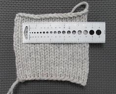 Wise Hilda Knits: Swatching for Gauge: Everything You Wanted to Know But Were Hoping You Could Just Ignore...