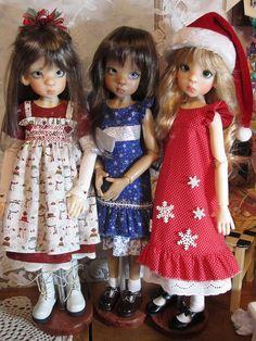 3 Lovely Layla Girls  by Joanzie777, via Flickr