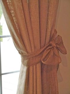 Chateau Chic: burlap curtain tie-backs. They sell this stuff on rolls at craft stores. Curtain Patterns, Curtain Designs, Curtain Ideas, Curtain Tie Backs Diy, Moving New House, Bedroom Drapes, Master Bedroom, Vintage Door Knobs, Burlap Curtains