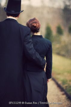 Trevillion Images - historical-man-holding-woman-outdoors