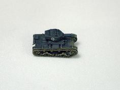 1:144 German Panzerkampfwagen T-26B 738(r) (Captured Russian T-26 Light Tank)
