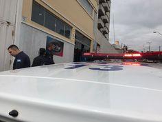 Polícia Militar e Guarda Municipal são chamadas para 'acalmar' os ânimos em eleição de Sindicato -   Polícia Militar e Guarda Municipal foram acionadas na manhã desta terça-feira, dia 16, na frente da sede do SISPUMB– Sindicato dos Servidores Públicos Municipais de Botucatu, localizado na Rua Damião Pinheiro Machado. No local está ocorrendo a eleição para a presidência do Sindicato, - https://acontecebotucatu.com.br/geral/policia-militar-e-guarda-mun