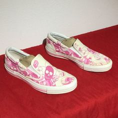 CONVERSE ALL STAR slip on PINK skulls . W8.5 eu40 Minimal wear.. No noticeable issues Converse Shoes Athletic Shoes