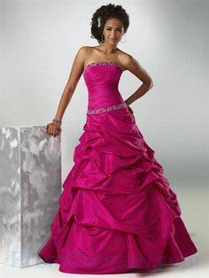 Shop classic ball gowns and ball gown prom dresses at PromGirl. Ballroom gowns, long formal dresses, designer prom ball gowns, plus-sized ball gowns, and ball gown dresses. Prom Dress 2013, Strapless Prom Dresses, Dresses 2013, Prom Dresses For Sale, Ball Gown Dresses, Quinceanera Dresses, Evening Dresses, Formal Dresses, Homecoming Dresses
