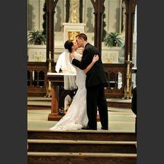 Wedding photography - Wedding Gallery - Motophoto Weddings - MOTOPHOTOGR #weddings #weddingphotos #bridge #bouquet