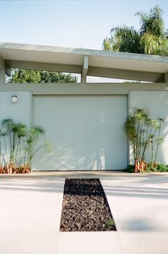 Eichler home - Orange California by The Analog Eye, via Flickr