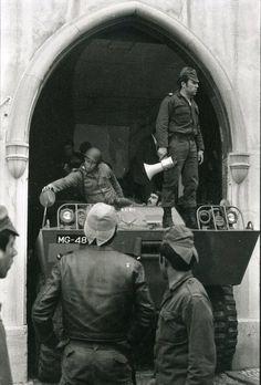 25 de Abril, a ''Revolução dos Cravos''