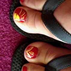 Toenails for softball!--yeah, I will so have these by the end of the season!!
