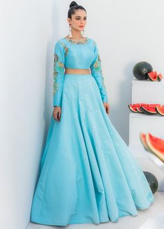 Party Wear Dresses, Formal Dresses, Ali Xeeshan, Latest Bridal Dresses, Raw Silk Lehenga, Stylish Gown, Pakistani Designers, Dress Collection, Gowns