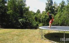Quand je me prend pour un gymnaste russe http://www.15heures.com/gif/prend-gymnaste-russe-4663.html #FAIL