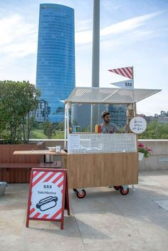 Puppy love: Bistró Gugghemheim Bilbao deliver a beautiful upgrade to the traditional hot dog cart...