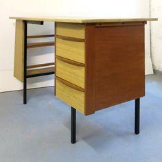 bureau moderniste vintage vendu par baos concept store - Baos Vintage