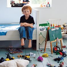 Reasons to let your child's bedroom stay messy - Today's Parent Todays Parent, Messy Room, Peaceful Parenting, Kids Board, School Decorations, Baby Decor, Educational Toys, Kids Bedroom, Boy Bedrooms