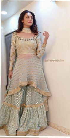 Party Wear Indian Dresses, Indian Fashion Dresses, Designer Party Wear Dresses, Pakistani Dresses Casual, Indian Gowns Dresses, Kurti Designs Party Wear, Dress Indian Style, Lehenga Designs, Pakistani Dress Design