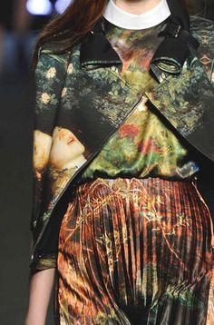 STAMPE, PATTERNS E EFFETTI DI SUPERFICIE DALLA SETTIMANA DELLA MODA DI PARIGI   Dettagli dalle collezioni donna autunno/inverno 2013/14.  Jean-Charles de Castelbajac
