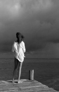 One of the sexiest photos I've ever seen. m-as-tu-vu: Your only shirt . Black N White, Black White Photos, Black And White Photography, Only Shirt, Behind Blue Eyes, Am Meer, White Shirts, Solitude, Shades Of Grey