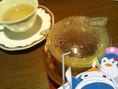 食後に聖なるバジルトゥルシーとショウガのお茶。ノンカフェイン!いちお、労っておりますデスヨ。あっ。運命の果実ポット♥