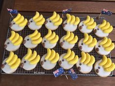 Australian Cookies, Australian Party, Christmas Decorations Australian, Australian Christmas, Cooking With Kids, Easy Cooking, Australia Day Celebrations, Childrens Cupcakes, Aussies