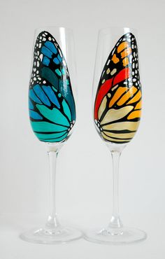 Hand Painted Butterfly Wing Champagne Flutes by MaryElizabethArts. Bottle Painting, Bottle Art, Bottle Crafts, Butterfly Wedding, Butterfly Wings, Monarch Butterfly, Orange Butterfly, Butterfly Design, Hand Painted Wine Glasses