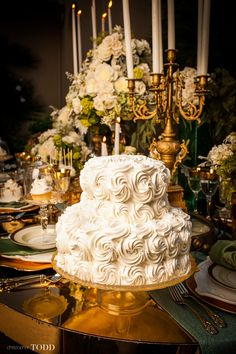 Oh my...what a gorgeous wedding. Click thru to view. Photos by Christopher Todd.