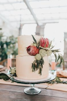 Meet the Mag Creatives: Oklahoma Wedding Cake and Dessert Bakers Black Wedding Cakes, Floral Wedding Cakes, Wedding Cakes With Flowers, Floral Cake, Wedding Cake Designs, Flower Cakes, Purple Wedding, Gold Wedding, Planners